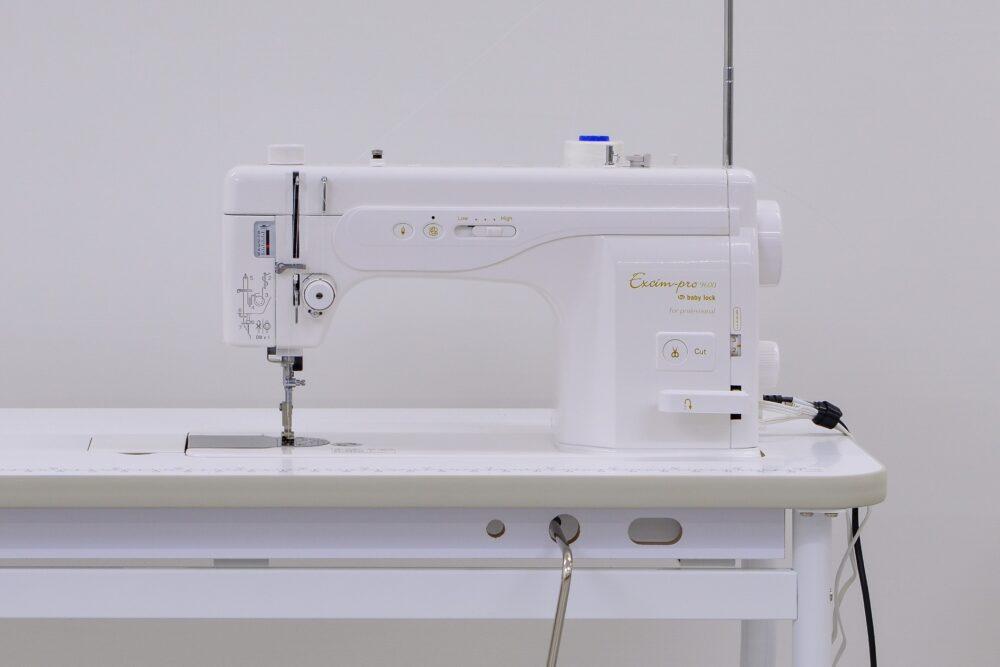 職業用1本針本縫いミシン